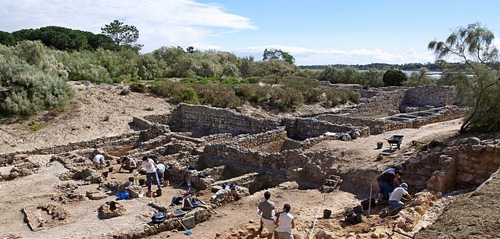 Dia Aberto para visitar os novos trabalhos arqueológicos em Troia